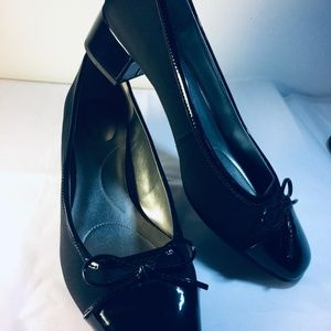 Black Patent and Fabric Low Heel Shoe 9 1/2 M